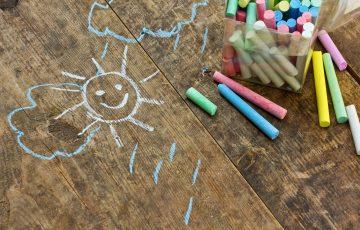 disegni-bambini-felicita-famiglia-associazione-vittoria-onlus-aiuto-malattia